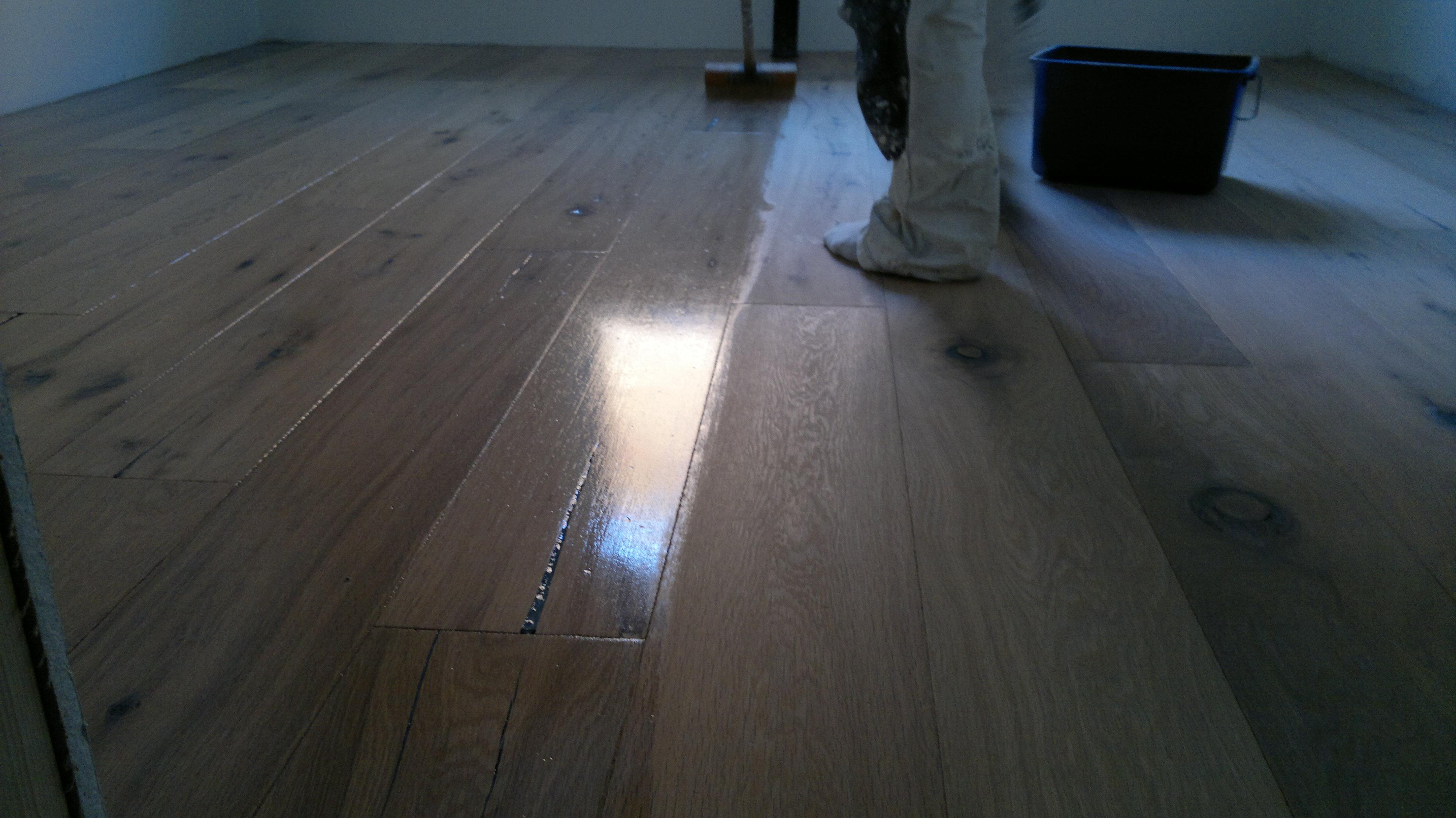 Hardvoksolje gulv