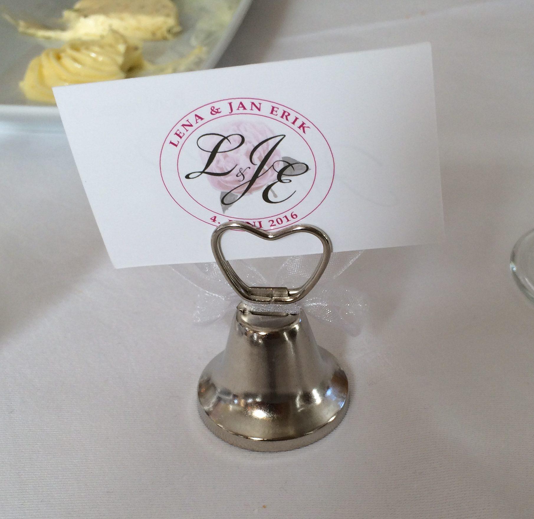 Monogram til brudeparet